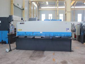 high precision QC11y-16*6000 hydraulic shearing machine guillotine type